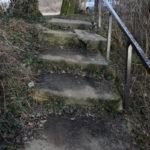Madárforrás lépcső